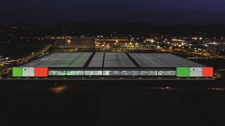 Florim vista notturna -Fabbrica 4.0 plant 2 (Fiorano Modenese, MO)