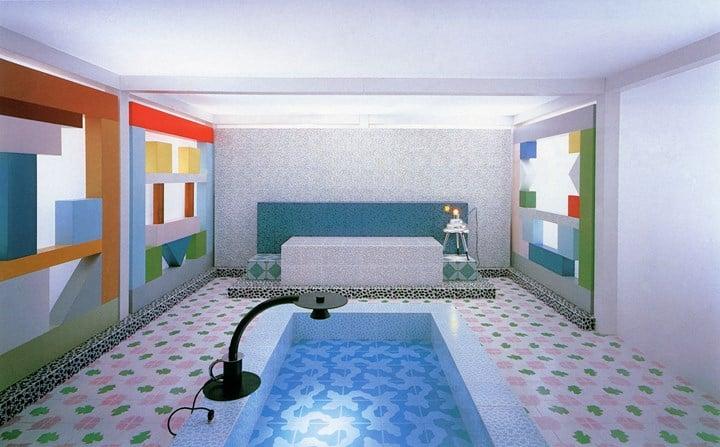 Sottsass Associati, Intérieur pour une exposition sur le design italien à Tokyo, 1984 © Photo: Marirosa Ballo © VG Bild-Kunst