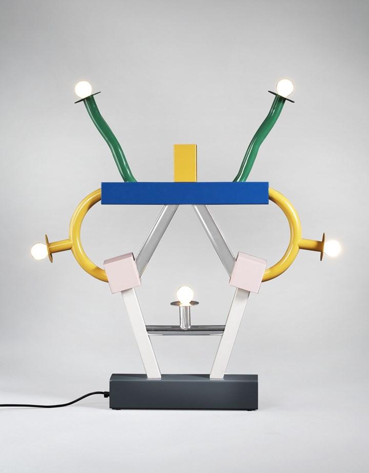Ettore Sottsass, lampe »Ashoka«, 1981 © VG Bild-Kunst, Bonn 2021 © Vitra Design Museum, photo: Andreas Jung