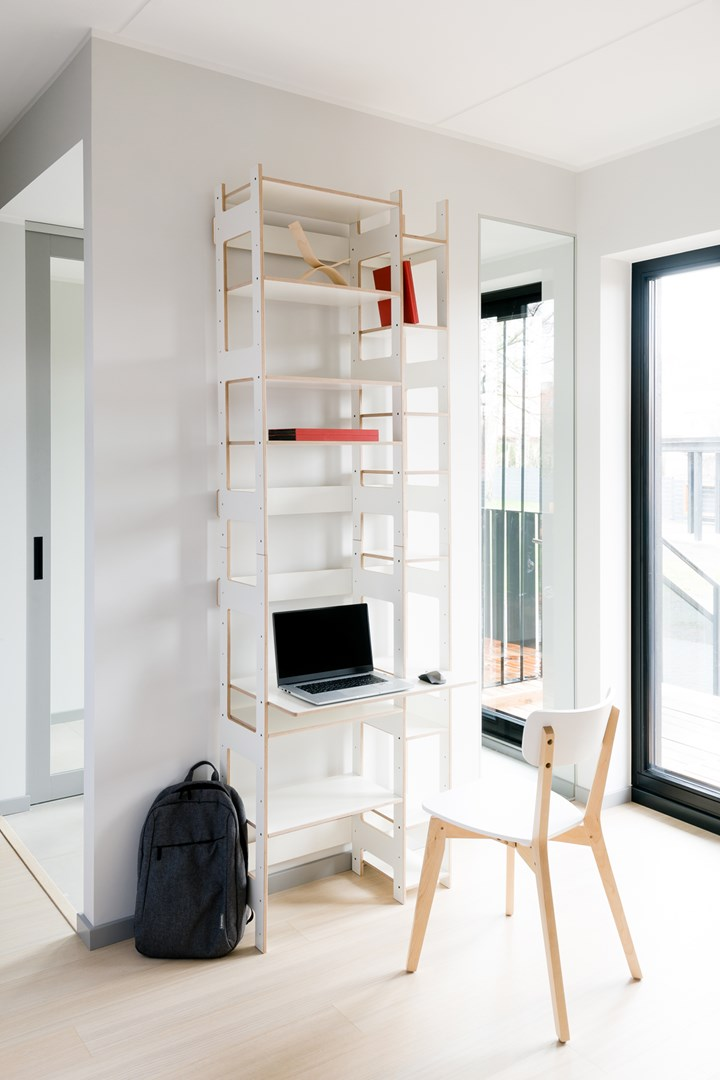 Daylight and Comfort for Home Office