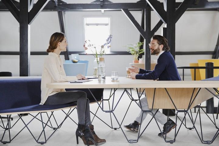©Prooff - Workspace furniture - SitTable - design by Ben van Berkel - UNStudio