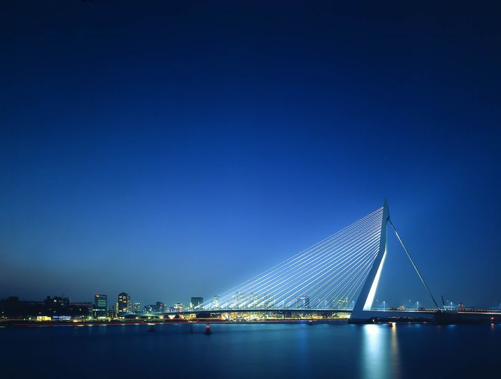 ©Christian Richters_Erasmus Bridge