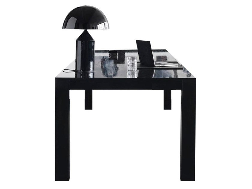 Lacquered oak office desk with cable management 0120 | Office desk by LA FAMIGLIA FURNITURE