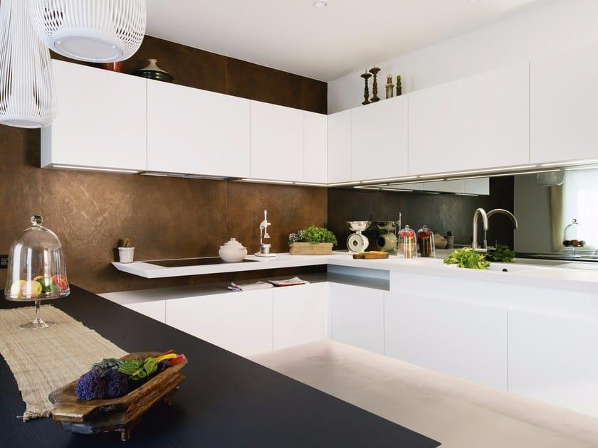 Custom kitchen Corian® kitchen by TM Italia Cucine