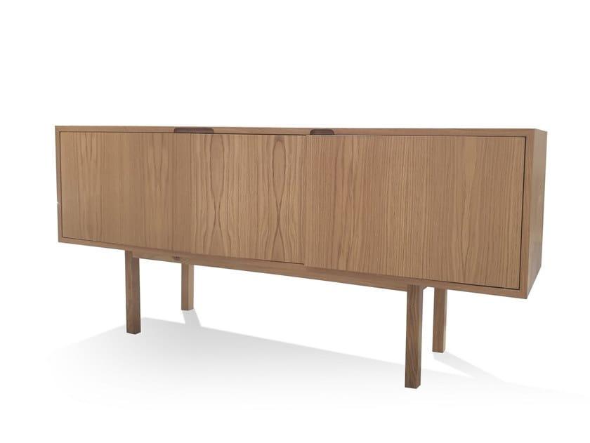 Wooden sideboard with doors 07 | Sideboard by DAAO