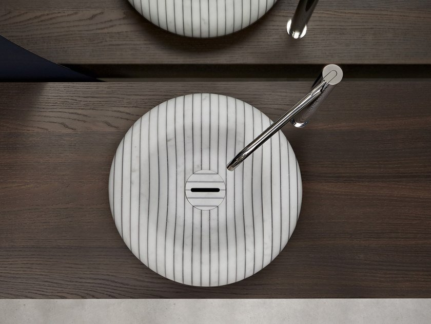 Countertop round Carrara marble washbasin I GESSATI | Round washbasin by Antonio Lupi Design