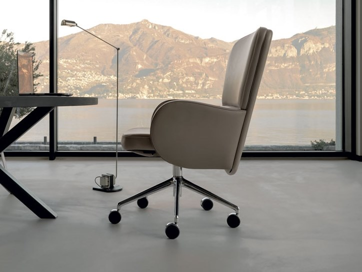 Height-adjustable leather task chair BRERA | Task armchair by Mascheroni