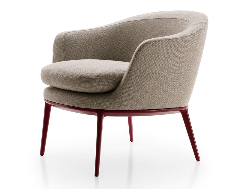 Upholstered fabric easy chair with armrests CARATOS | Upholstered easy chair by Maxalto