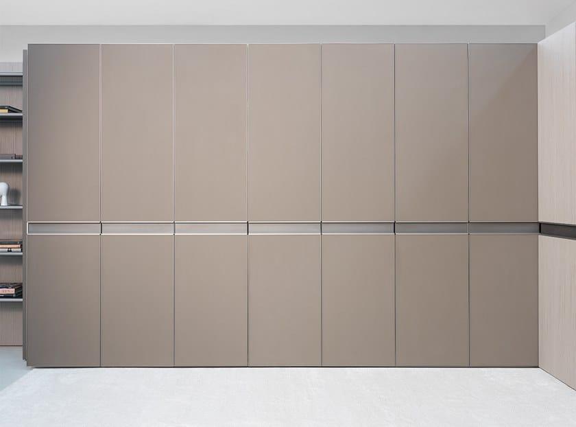 Lacquered wardrobe WAVE | Wardrobe by Ornare