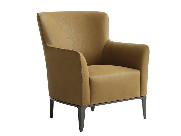 GENTLEMAN   Armchair with armrests