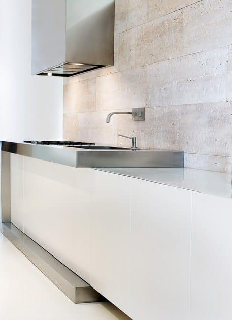Küche aus Stahl und Holz By TM Italia Cucine