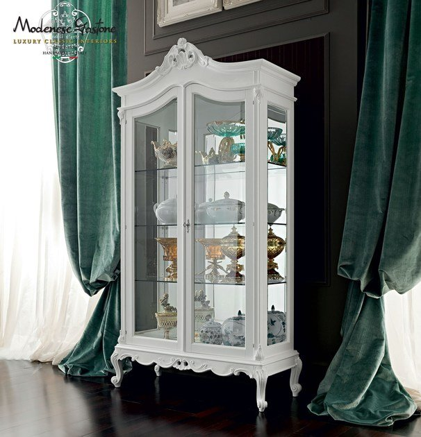 Solid wood display cabinet 12122   Display cabinet by Modenese Gastone