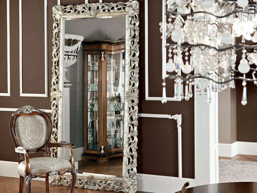 Freestanding rectangular framed mirror 13674 | Mirror by Modenese Gastone