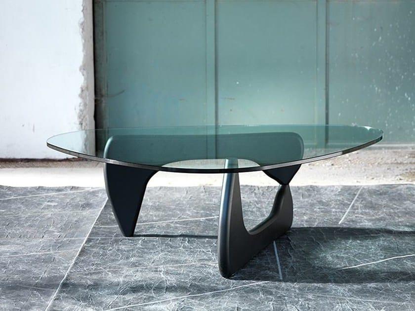 Triangular crystal coffee table 1709 | Triangular coffee table by Domingo Salotti