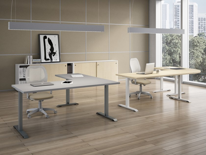 L-shaped office desk ISOLA | L-shaped office desk by CUF Milano