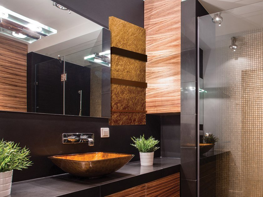 Wall-mounted aluminium towel warmer FOGLIA ORO by Termoarredo Design