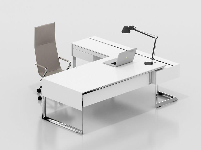 Lacquered executive desk 212 ISTANBUL   Executive desk by Tuna Ofis