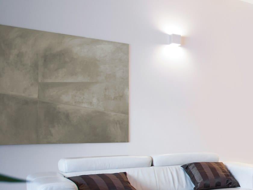 2618 | Lampada da parete a semi-incasso
