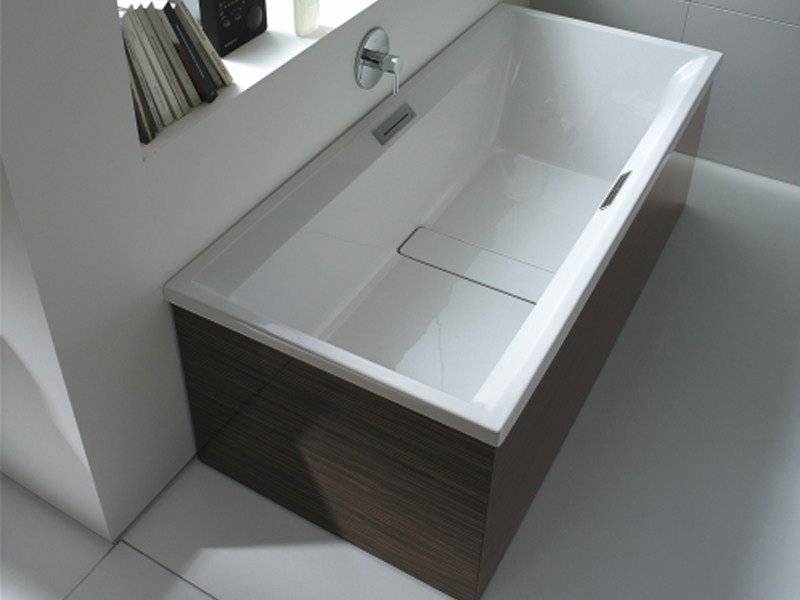 2ND FLOOR | Built-in bathtub By Duravit design Sieger Design