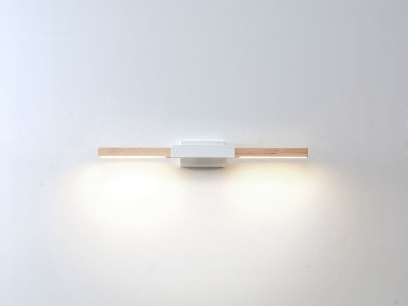 LED wooden wall lamp 2ft HORIZONTAL SCONCE by Stickbulb