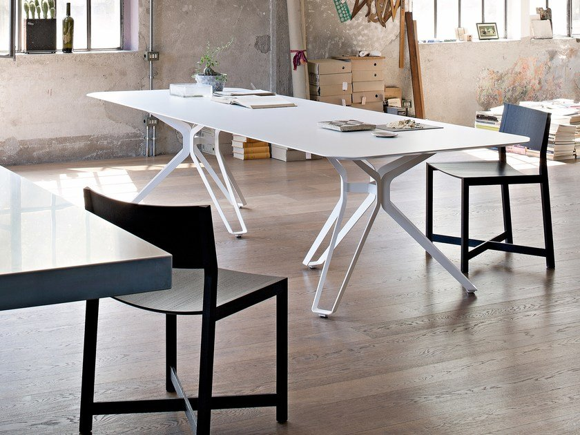 Lacquered rectangular wooden table 3-POD   Rectangular table by Lema