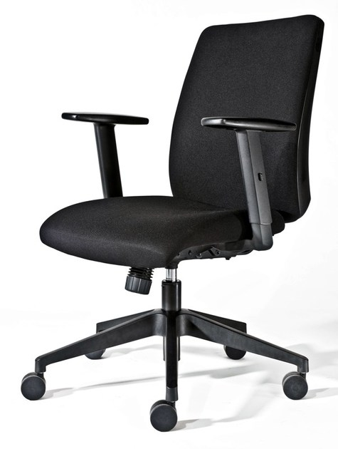 Height-adjustable task chair with armrests with casters 300 | Task chair with armrests by MASCAGNI