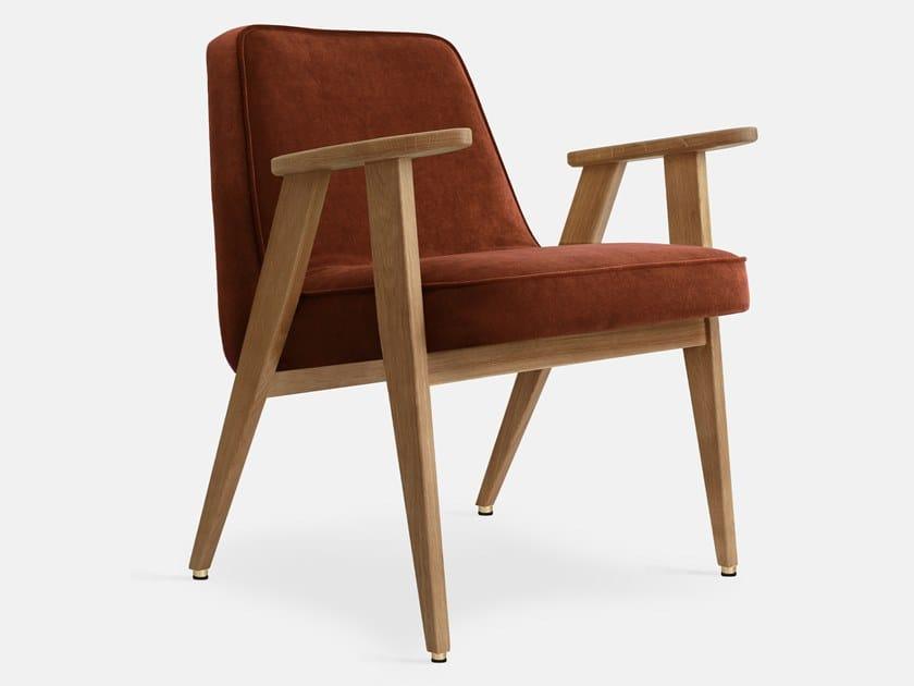 Velvet easy chair with armrests 366 VELVET | Easy chair by 366 Concept s.c.