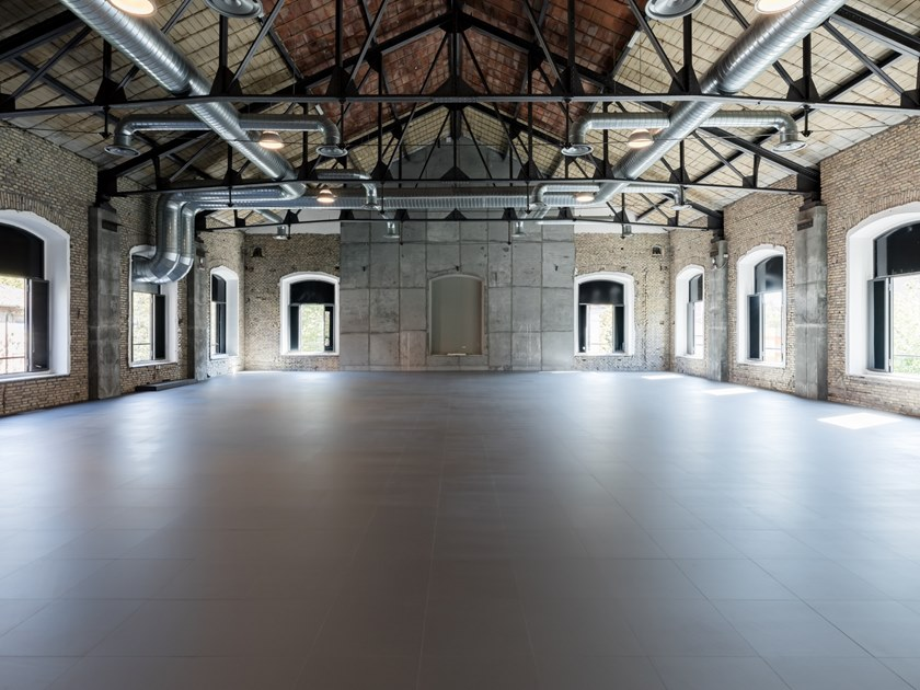 Resilient synthetic material flooring 4.0 by NESITE
