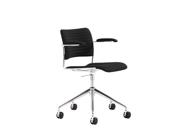 Swivel task chair with armrests 40/4 | Swivel task chair by Howe