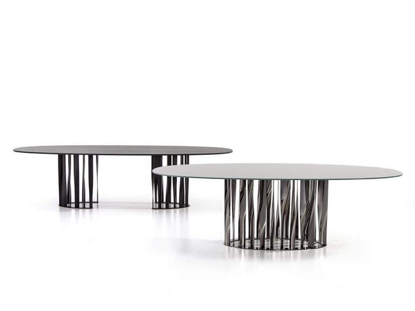 Tavolo con base in alluminio 475BOBOLI by Cassina