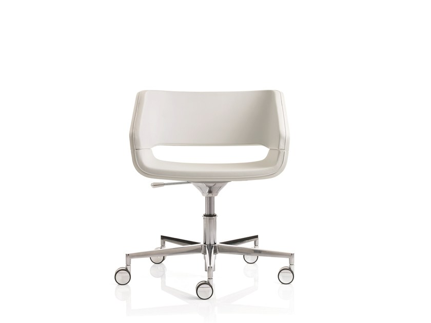 Task chair with 5-Spoke base with casters 4UNDICI | Task chair with casters by Emmegi