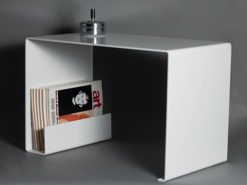 Rectangular steel coffee table with integrated magazine rack Rectangular coffee table by DiaDorn