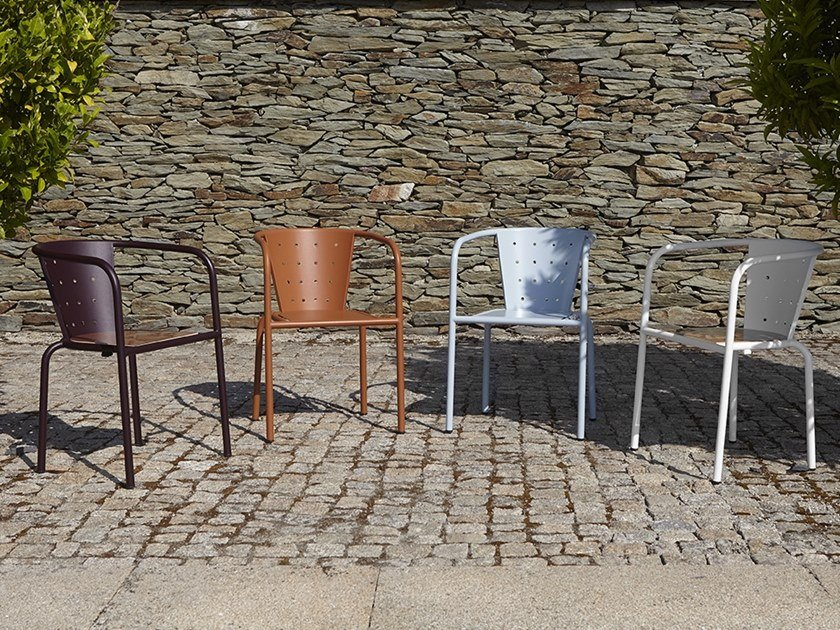 Metal restaurant chair with armrests 508 | Chair with armrests by Adico