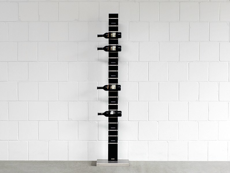 Steel Floor 580 | Bottle rack by Wissmann raumobjekte