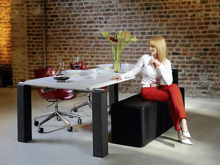 Lacquered rectangular wooden table 604 | Lacquered table by Wissmann raumobjekte