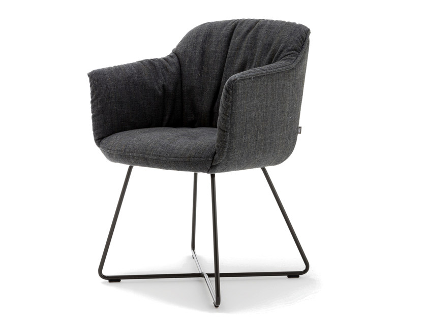 Upholstered fabric chair with armrests ROLF BENZ 641 | Chair with armrests by Rolf Benz