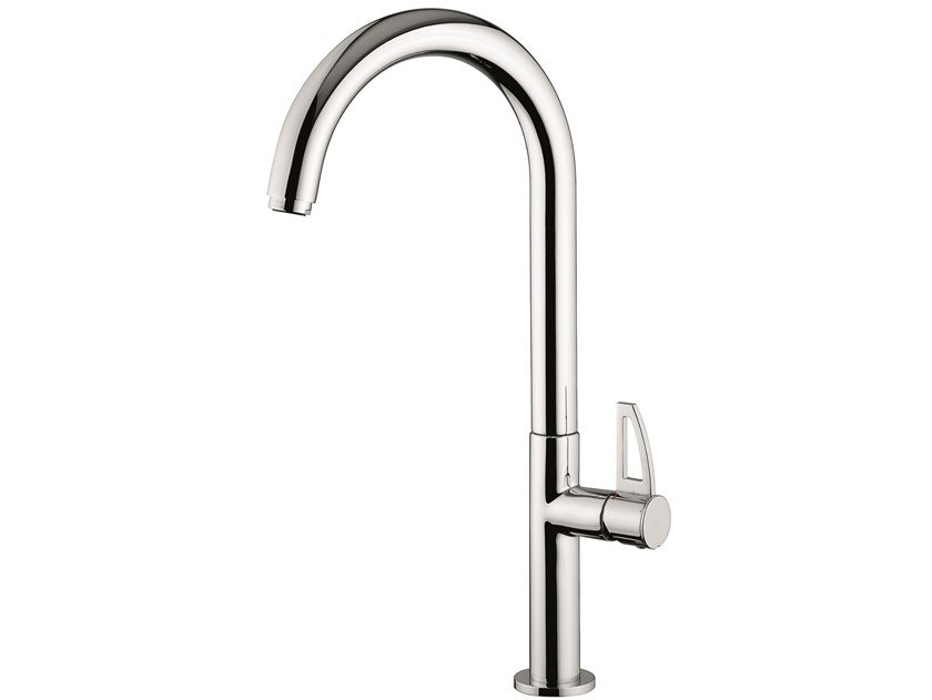 Countertop brass kitchen mixer tap with swivel spout 78046LA | Kitchen mixer tap with swivel spout by EMMEVI RUBINETTERIE
