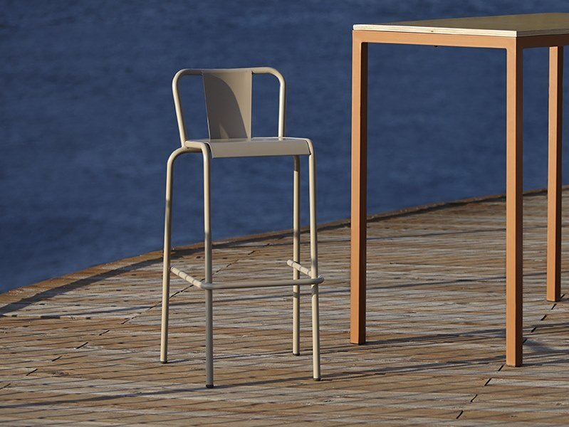 Metal restaurant chair with footrest 786 - B | Chair by Adico