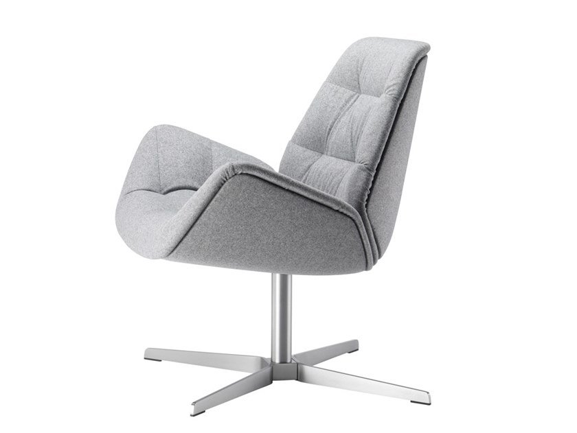 Fabric armchair with 4-spoke base with armrests 809 | Armchair by THONET