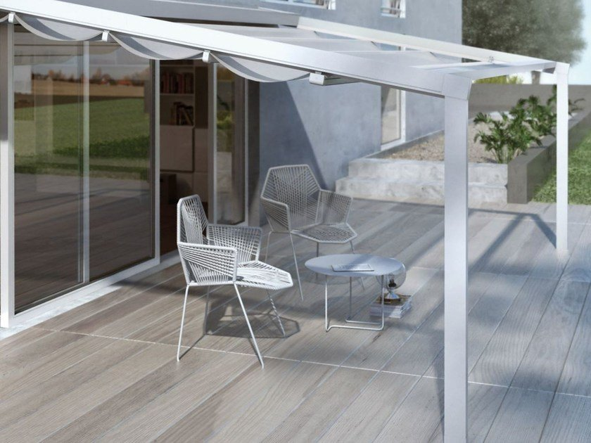 Tenda da sole in tessuto con guide laterali A100 LUX by KE Outdoor Design
