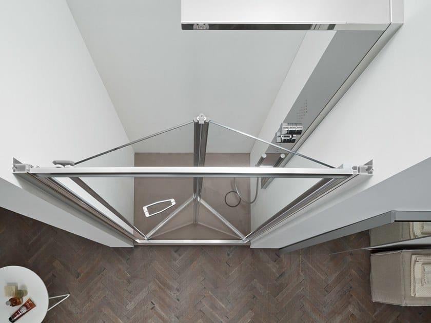 A6   Box doccia con porta a soffietto La nicchia con apertura a soffietto verso l'interno è una pratica soluzione salvaspazio. Compatta, funzionale ed esteticamente curata per dare stile anche ai piccoli spazi.