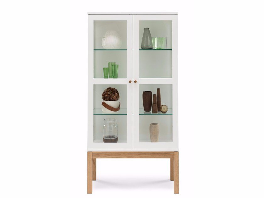 Wood and glass display cabinet ABBEY WOOD | Display cabinet by Woodman