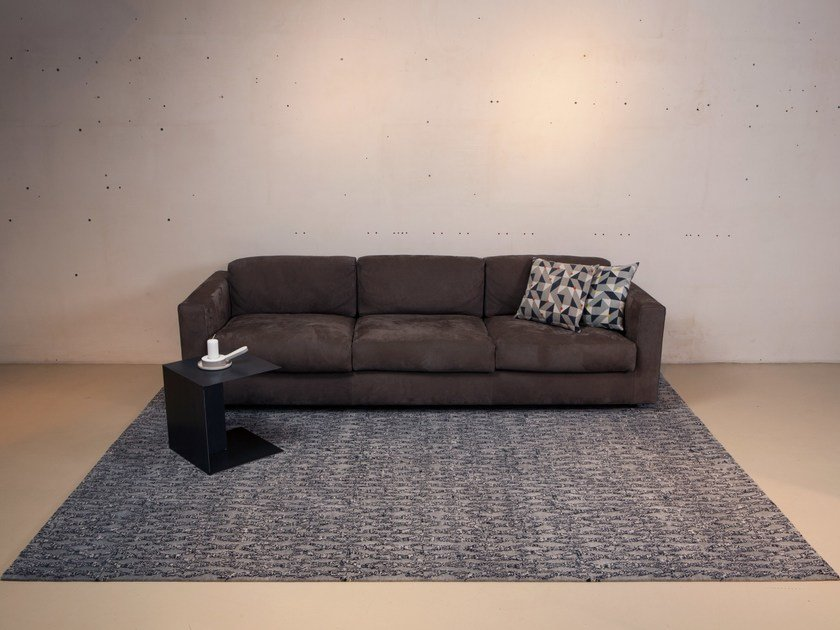 Handmade custom wool rug ABRAMIA by Mischioff
