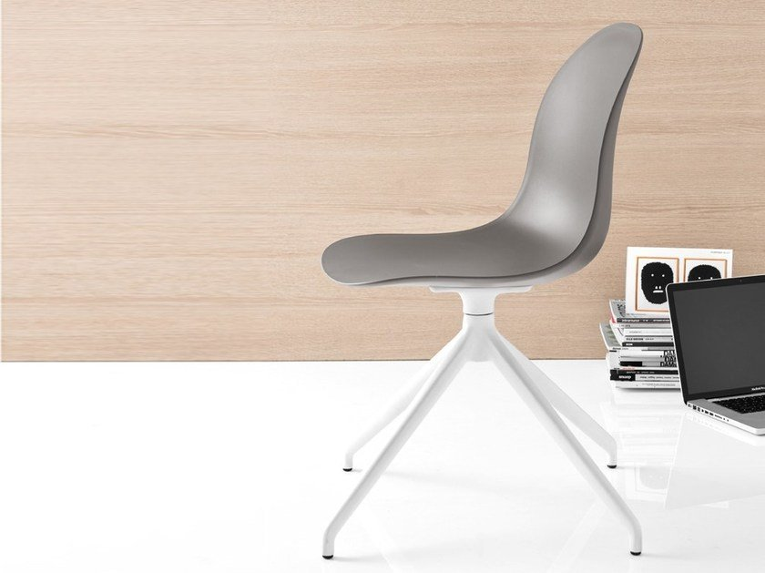Technopolymer chair with 4-spoke base ACADEMY | Chair with 4-spoke base by Calligaris
