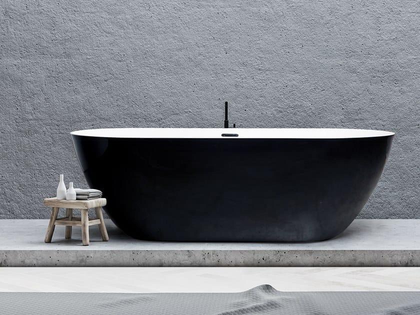 Freestanding oval bathtub ACCESS 33 by Aquadesign Studio