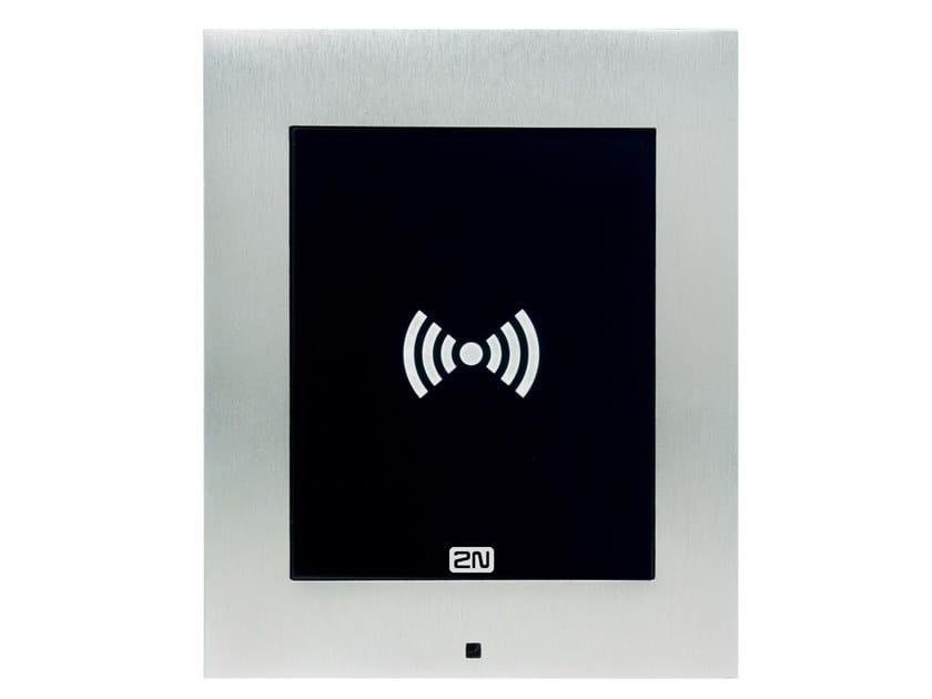 Sistema di building automation per controllo accessi per gestione sicurezza 2N® ACCESS UNIT 2.0 RFID by 2N TELEKOMUNIKACE