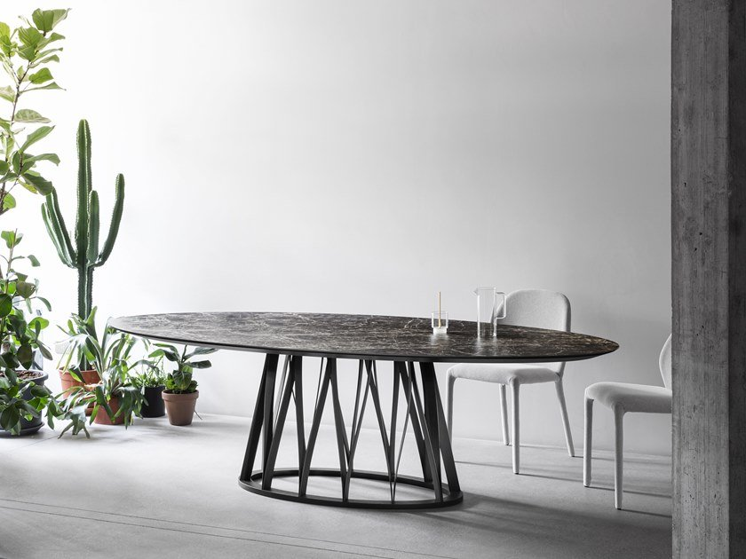 Oval ceramic table ACCO | Ceramic table by Miniforms