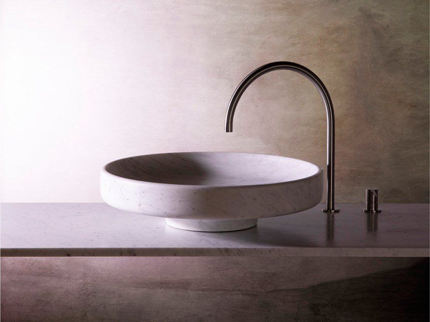 Marble washbasin LAVABO by Objets Architecturaux