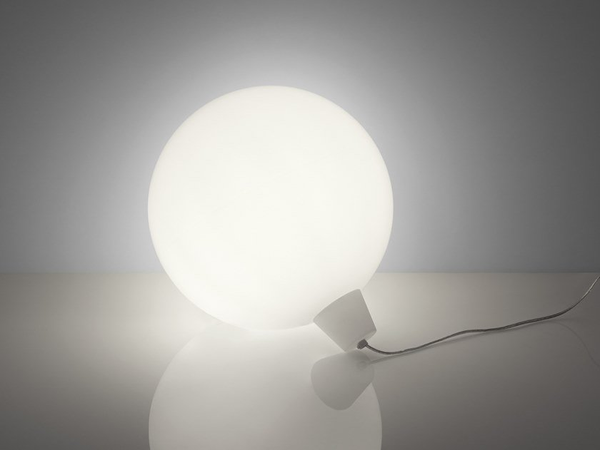 Lampada galleggiante per esterni in polietilene acquaglobo by slide