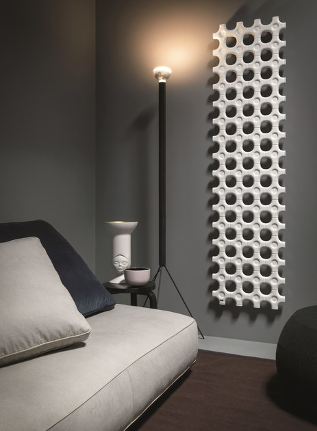 Add on radiateur d coratif vertical by tubes radiatori for Element decoratif mural